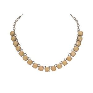 NWT Costume stones statement necklace